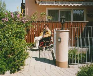 handicap-rollstuhl-rampe